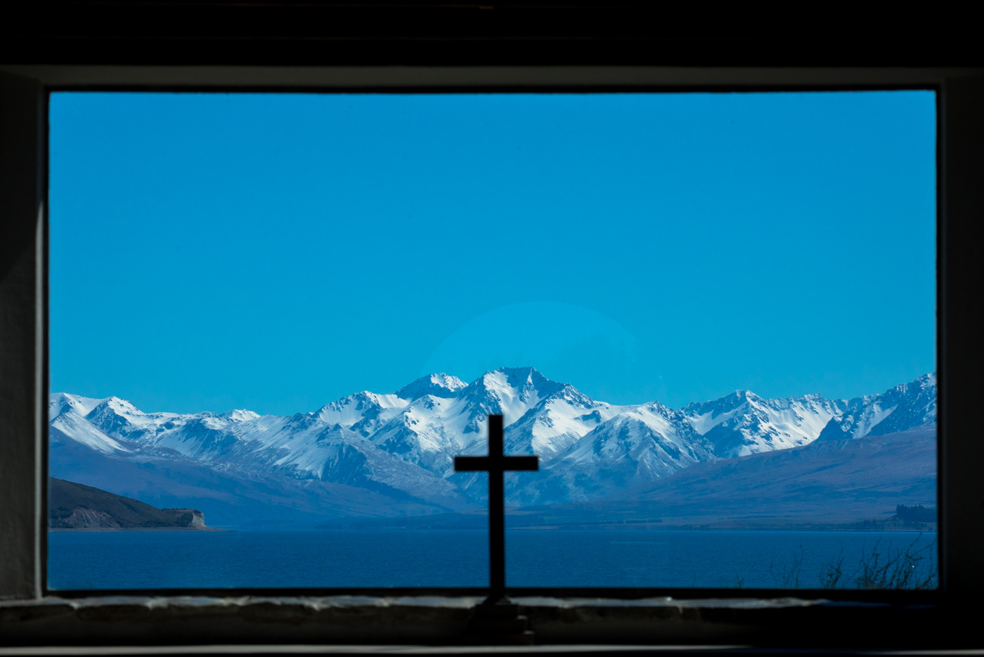 Natural framing, silhouettes, snow-topped mountains, these are a few of my favorite things
